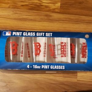 Red sox glass set